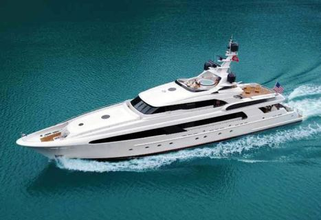 Luxury charter yacht USHER - Cruising